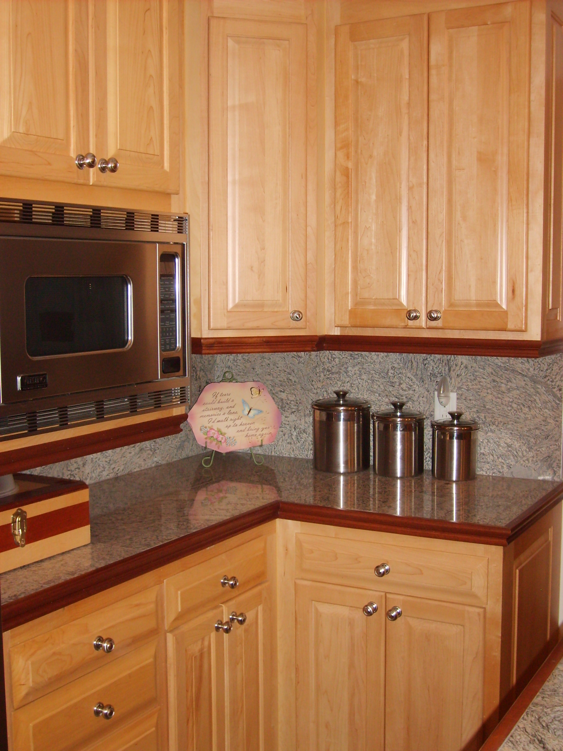 Maple Cabinets 336 342 9268 J Amp S Home Builders And